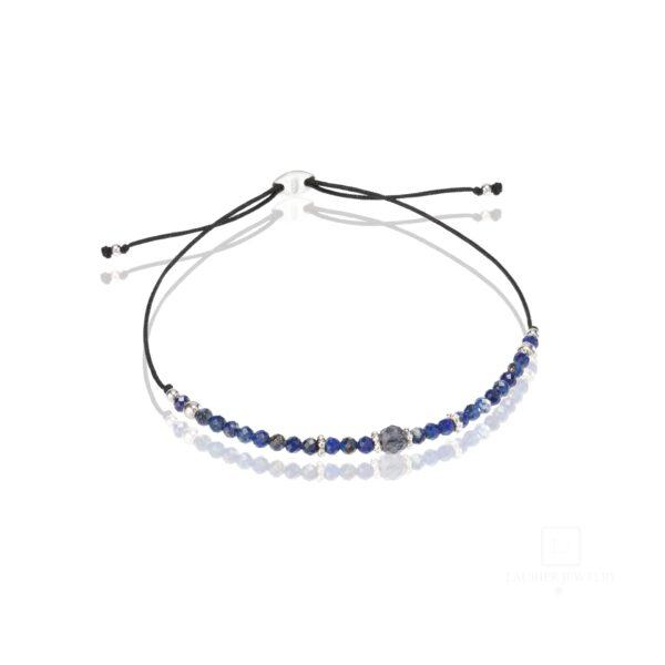 Bransoletka na cienkim, czarnym sznurku z kamieniami Lapis Lazuli oraz srebrem