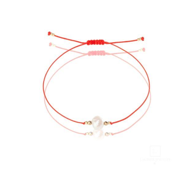 Bransoletka na cienkim sznurku z perełką i hematytami