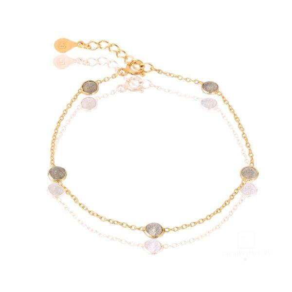 bransoletka na łańcuszku z kamieniami księżycowymi i srebrem