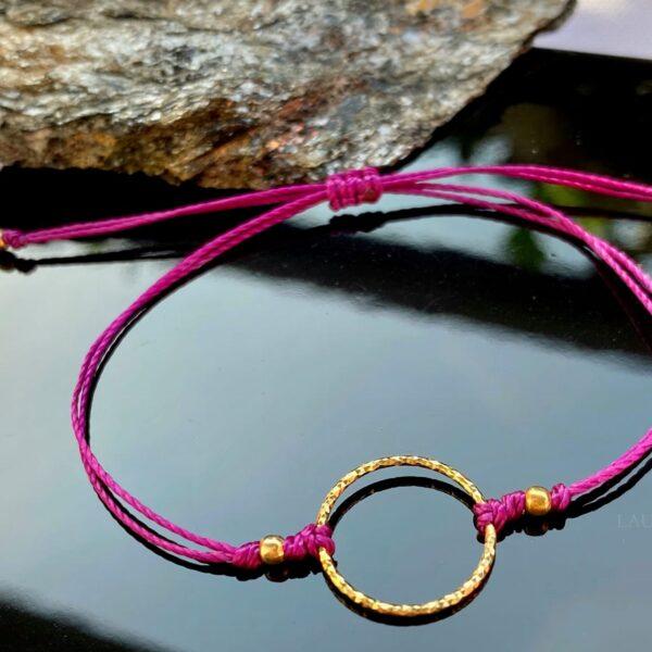 Bransoletka na bordowym sznurku z kółeczkiem